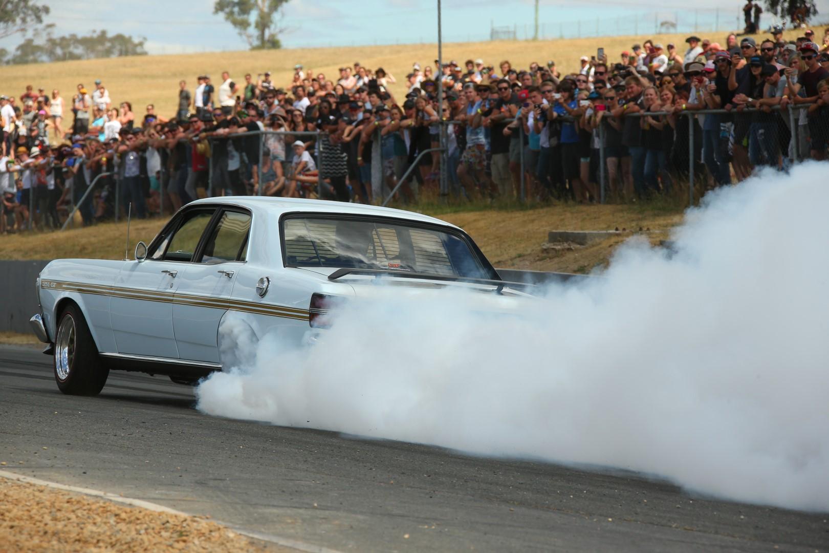 Powercruise Symmons Plains Raceway – The Quick Info You Want!